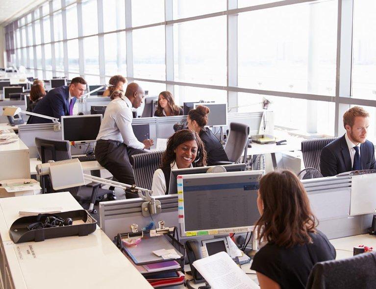 Services-NetworkServices2-EnterpriseBroadbandService-CoworkersOpenPlanOffice.jpg